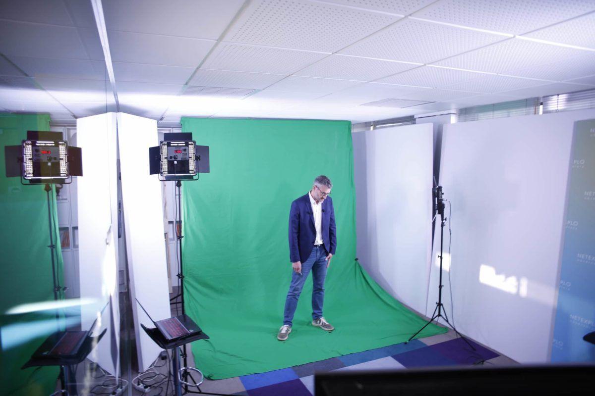 preparation studio fond vert Paris 8